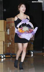 卓毓彤(熊熊)出席「寶島神很大」上線記者會,喜歡算命的她結果明年運勢大好。(記者邱榮吉/攝影)