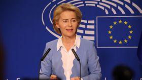 歐洲議會將投票 范德賴恩能否掌歐盟受矚歐洲議會7月16日將投票決定是否通過由德國國防部長范德賴恩接掌新一屆歐盟執委會主席,圖為她7月10日在歐洲議會對媒體發表談話。(資料照片)中央社記者唐佩君布魯塞爾攝 108年7月13日
