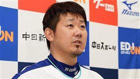 松坂大輔年薪大減回到生涯起步的西武獅隊。(資料照圖/翻攝自中日龍推特)