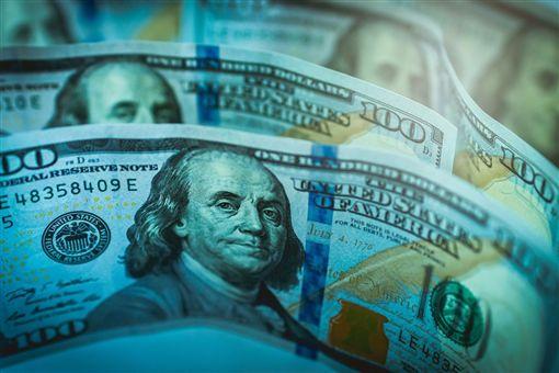學者認為,針對分階段取消加徵關稅,中國不放棄國家補貼政策,美國不願棄強權地位,雙方還有得喬。(圖取自Pixabay圖庫)