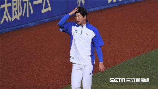 12強韓國隊練球金廣鉉。(圖/記者王怡翔攝影)