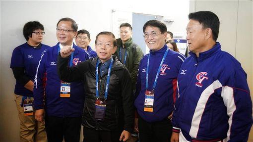 ▲駐日大使謝長廷探訪世界棒球12強賽國家隊。(圖/中華職棒提供)