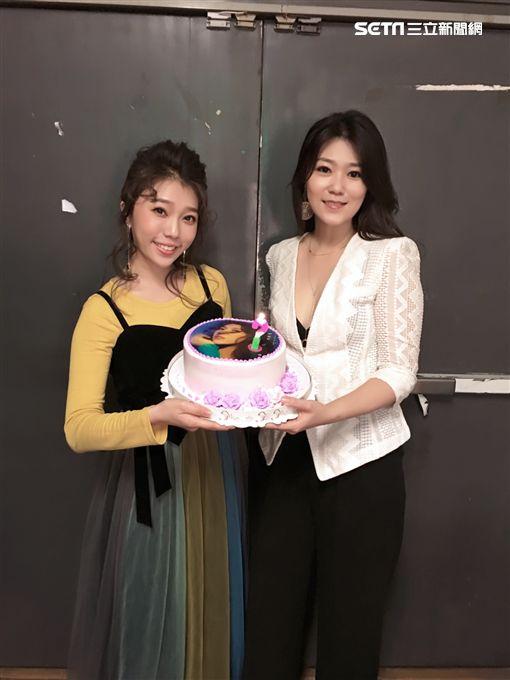 曹雅雯、蔡家蓁 西門河岸音樂會 現場演唱展實力圖片提供:時代創藝