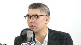 ▲國民黨中央委員連勝文11日接受廣播專訪表示,若政客藉此說法模糊焦點,「證明這個人的頭腦、邏輯不太好」(圖/POP Radio提供)