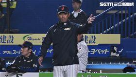12強日本隊12日將迎戰美國隊,稻葉篤紀監督對子弟兵相當有自信,盼以日式野球奪勝。(圖/記者王怡翔攝影)