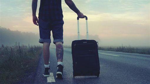 通緝犯,殺妻,封箱,行李箱,泰國/ 翻攝微博@泰國網