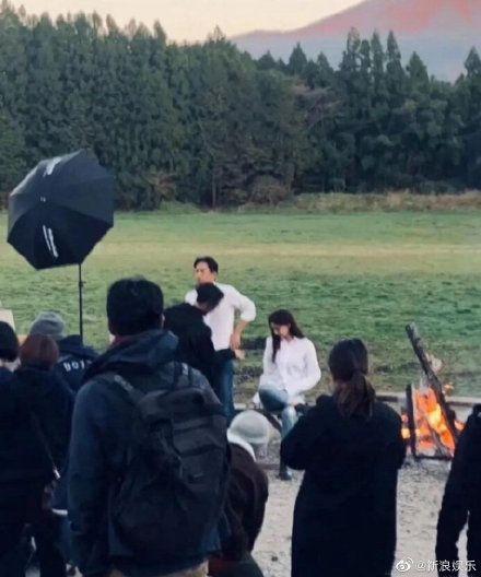 林志玲婚紗照側拍翻攝微博