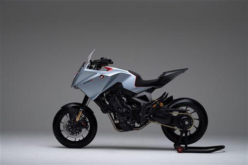 ▲Honda CB4 X Concept多功能概念車。(圖/翻攝網站)