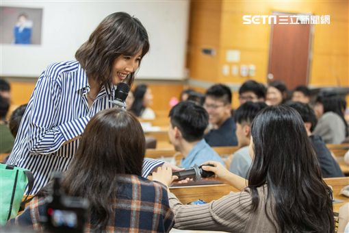 A-Lin首次大學開講 自爆差一點當女警 索尼音樂提供