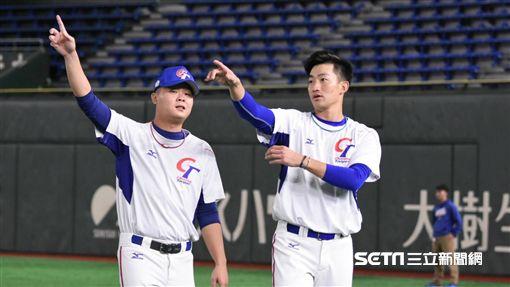 ▲世界棒球12強賽胡智為吳昇峰韓國隊台灣中華隊。(圖/記者王怡翔攝影)