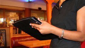 服務生,餐廳訂位(圖/pixabay)