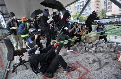 香港,反送中,暴力衝突,中國/出手干預,受關注(圖/中央社)