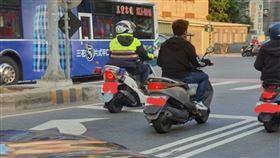 警察,安全帽,違規,紅燈,取締,罰單,爆廢公社公開版