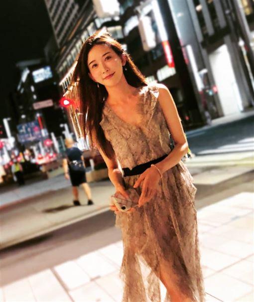 林志玲與小7歲日本天團「EXILE」放浪兄弟成員AKIRA。(IG)
