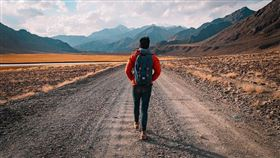 走路、散步、腳步、步伐 圖/pixabay