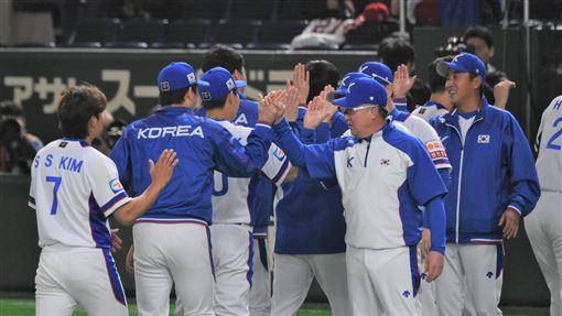 ▲12強韓國隊擊敗墨西哥,拿下奧運門票,將在16、17日連續2天對決日本隊。(圖/記者王怡翔攝影)