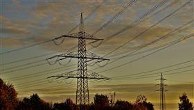 高壓電塔。(圖/Pixabay)