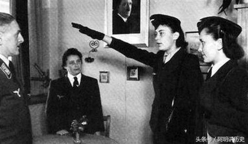 納粹女兵1(圖/翻攝自網路)