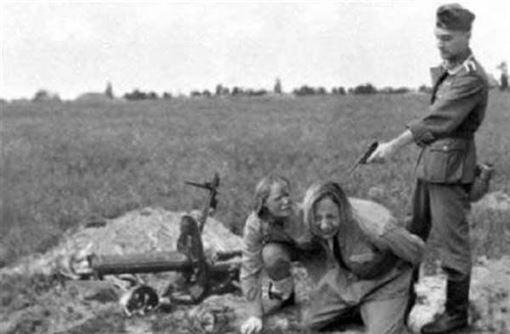 納粹女兵5(圖/翻攝自網路)