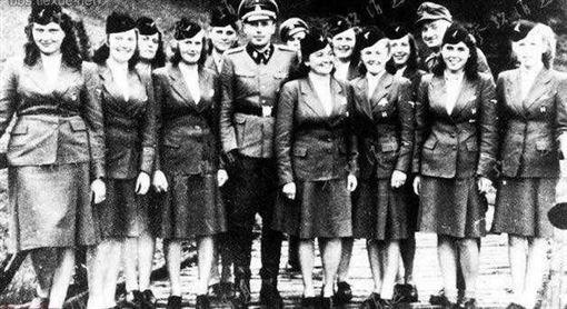 納粹女兵6(圖/翻攝自網路)