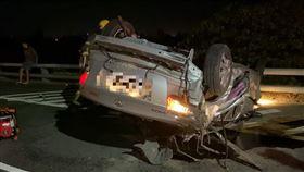 禍,翻車,意外,死亡,台東,安全島,車速,撞車, 圖/記者王浩原拍攝