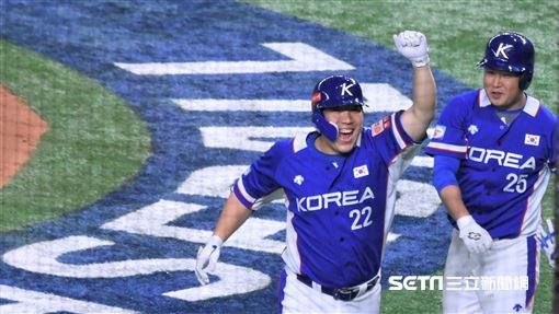 12強冠軍戰日韓大戰韓國全壘打。(圖/記者王怡翔攝影)