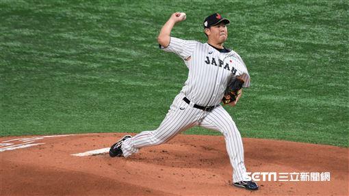 12強冠軍戰日韓大戰日本先發投手山口俊。(圖/記者王怡翔攝影)