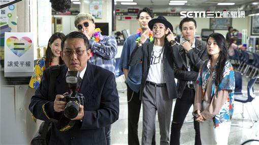 TRASH「希望你回來」MV 屈中恆飾年邁老父親華納音樂提供