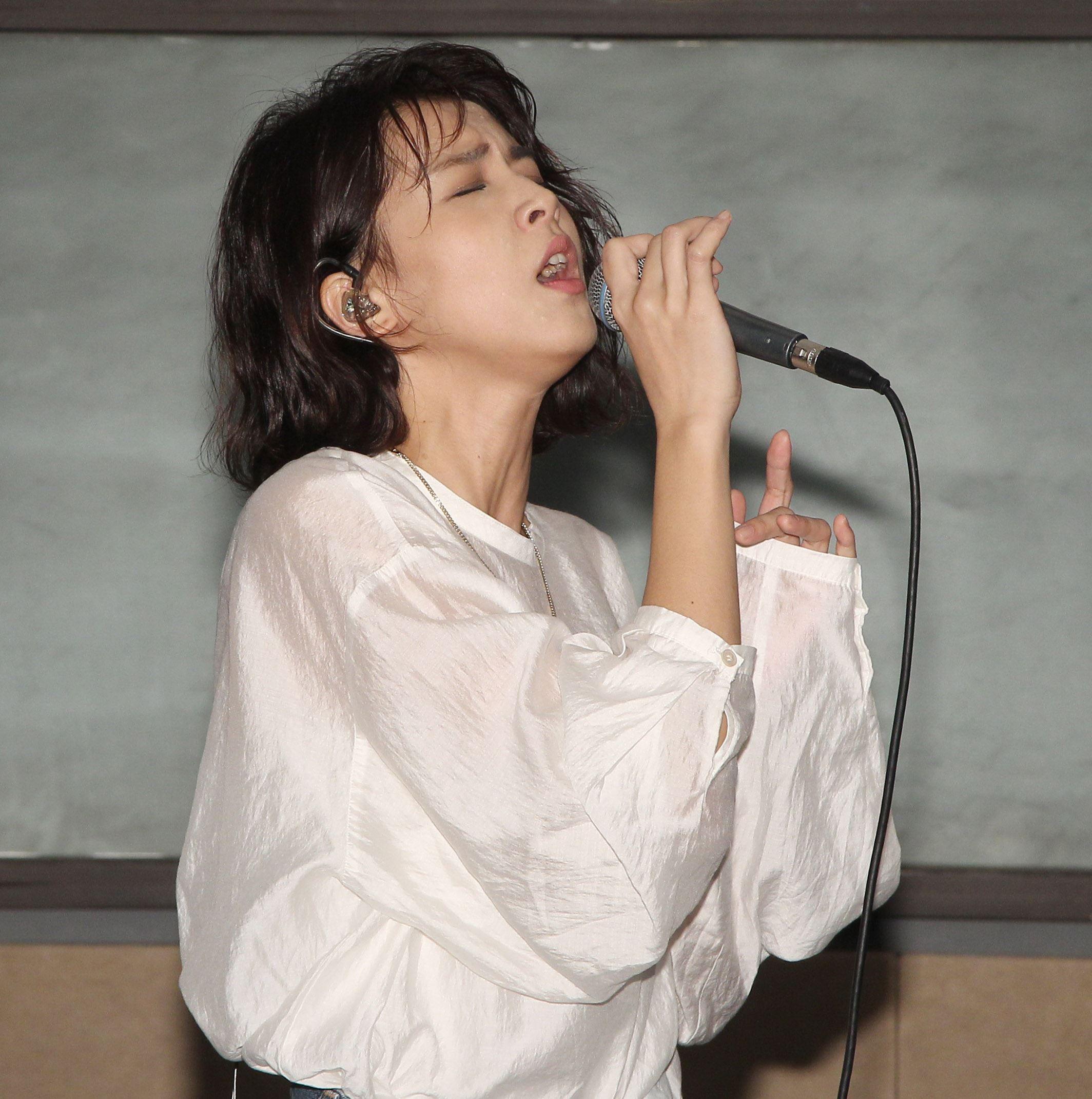 曾沛慈為演唱會練團。(記者邱榮吉/攝影)