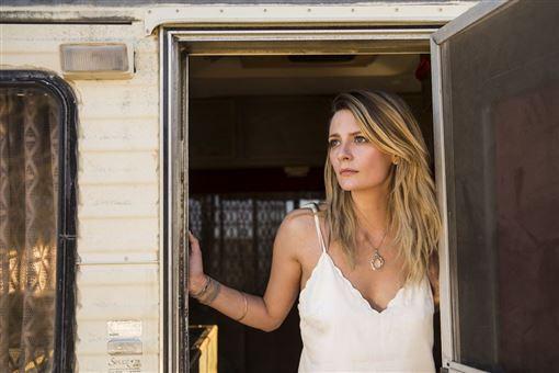 奪魂露營車,恐怖片,丹妮絲理查斯,米莎巴頓 暗光鳥電影院提供