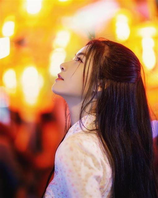 子瑜,越南正妹,周子瑜,Nguyễn Bùi Nam Phương 圖/IG