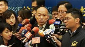 韓國瑜:總統府在一個等良心國民黨總統參選人韓國瑜19日表示,民進黨完全是在用欺騙治理國家,「總統府在等一個良心」。中央社記者王承中攝  108年11月19日