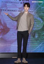 陳璽安擔任品牌「法國貝貝」愛心大使,幫助弱勢孩童。(記者邱榮吉/攝影)