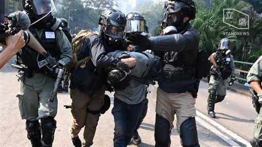 香港「反送中」運動 香港理工大學成警民衝突的新戰場Stand News 立場新聞臉書
