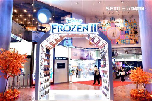 冰雪奇緣2,台灣華特迪士尼,SOGO百貨,SOGO,IG,打卡,冰雪奇緣II 冰紛聖誕圖/台灣華特迪士尼提供