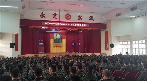 館長(圖/翻攝自飆捍臉書)