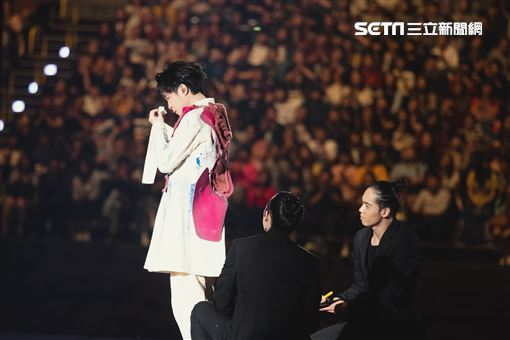 吳青峰首場個人巡迴演唱會《太空備忘記》環球音樂提供