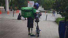 外送員,腳踏車,電單車,殘障人士,勵志(圖/翻攝自報廢公開)
