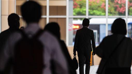主計總處公布9月失業率降至3.8%主計總處22日發布9月失業率為3.8%,較8月下降0.09個百分點。中央社記者王騰毅攝 108年10月22日