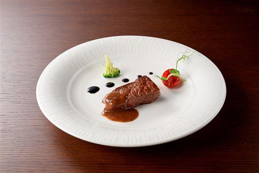 ▲極黑和牛(圖/台北美福大飯店提供)