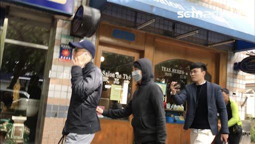 ▲王立強共諜案,向心夫妻首度在鏡頭前正面現身,二度被傳喚離開台北地檢署。(圖/記者楊佩琪攝)