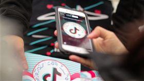 外媒報導,抖音母公司字節跳動正加緊將抖音海外版與中國版業務切割,試圖讓美方相信中國當局無法取得海外用戶訊息。(圖取自facebook.com/tiktok)