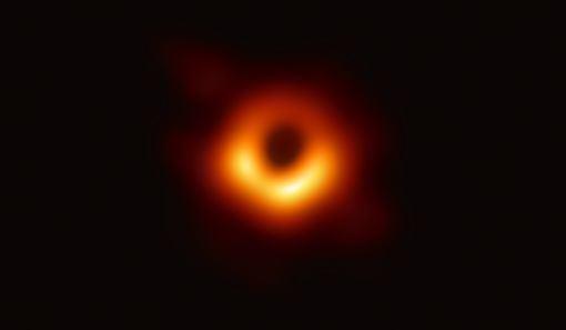 觀測,超大黑洞,挑戰,恆星,演化理論(圖/中央社)