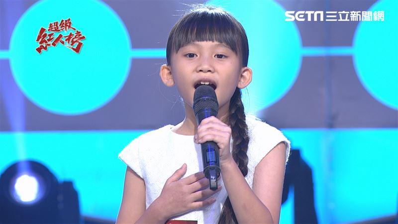 8歲才女強勢踢館 獲伍浩哲大力讚賞