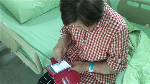 剛開完同學會…64歲婦遊覽車上腦中風!司機飆速送急診,圖/南投醫院提供