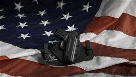 美國最高法院2日將審理有關槍枝管控的案件,這是近10年來最高院首次受理相關議題。(示意圖/圖取自Pixabay圖庫)