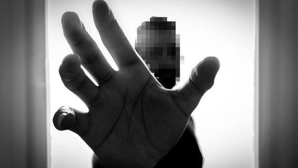 員警撿屍同學女友、脫衣性侵得逞 錄影道歉還要賠償60萬