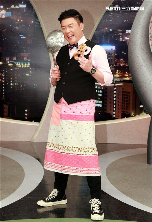 曾國城出席三立都會台「型男大主廚」14周年記者會。(記者邱榮吉/攝影)