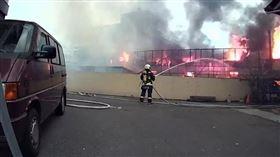 台中,鐵皮屋,工廠,火災,濃煙