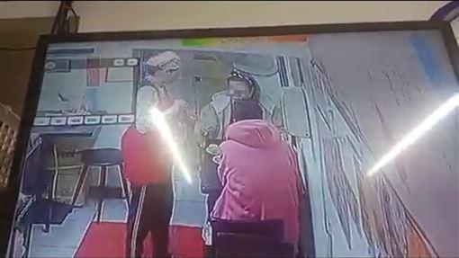 新北市,汐止,早餐店,頭髮,糾紛,